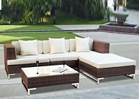 Садовая мебель: угловой диван и столик